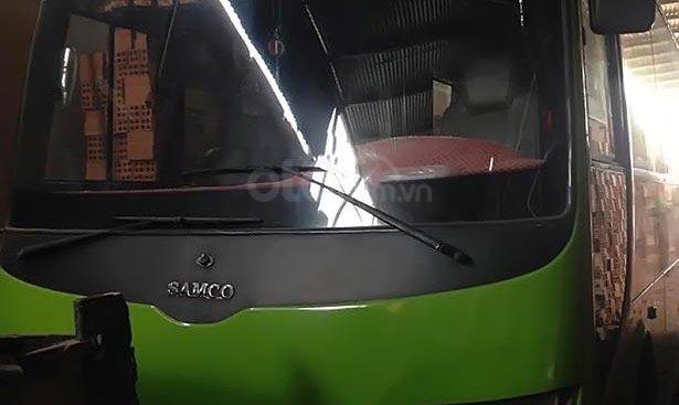 Cần bán Isuzu Samco sản xuất năm 2010, màu xanh lam, xe chạy dịch vụ