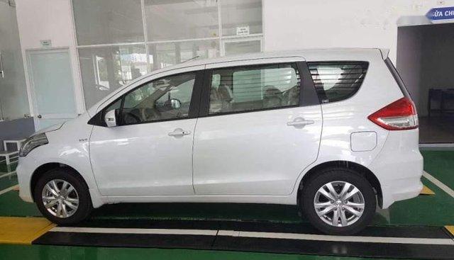 Cần bán lại xe Suzuki Ertiga đời 2017, màu trắng, xe nhập xe gia đình
