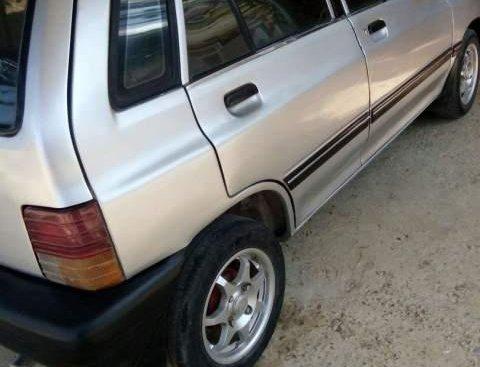 Cần bán gấp Kia CD5 đời 2002, màu bạc