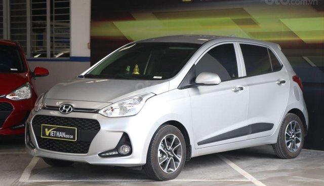 Bán Hyundai Grand i10 1.2AT sản xuất 2018, màu bạc