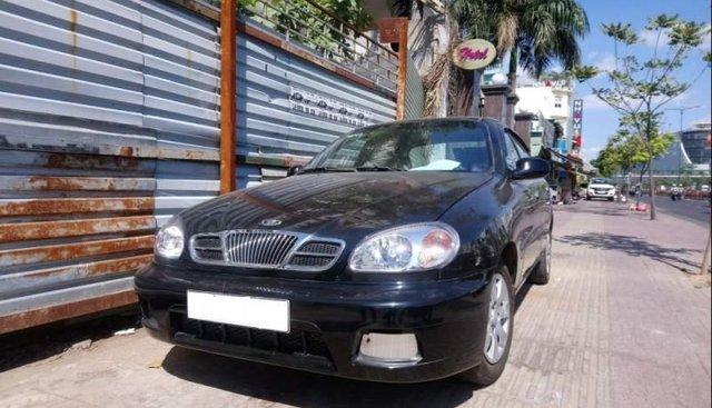 Cần bán Daewoo Lanos năm sản xuất 2000, màu đen, 125tr