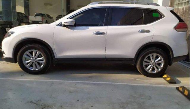 Bán Nissan X trail sản xuất 2018, màu trắng số tự động
