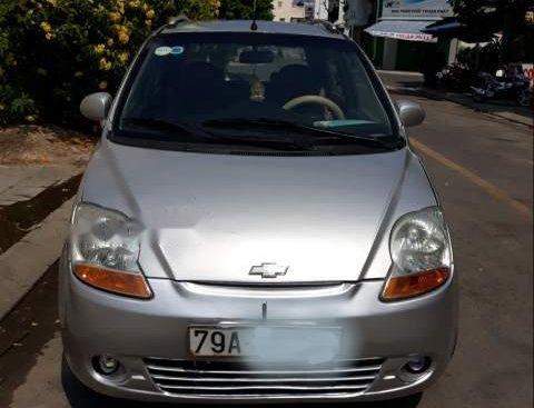 Cần bán gấp Chevrolet Spark sản xuất 2009, màu bạc, máy móc êm