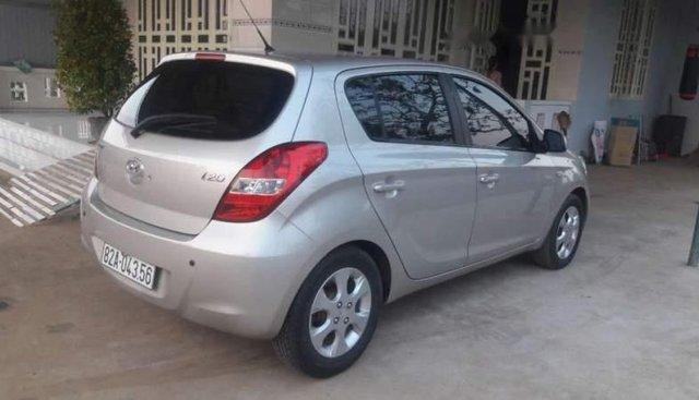 Cần bán lại xe Hyundai i20 đời 2009, màu bạc, xe nhập, giá tốt