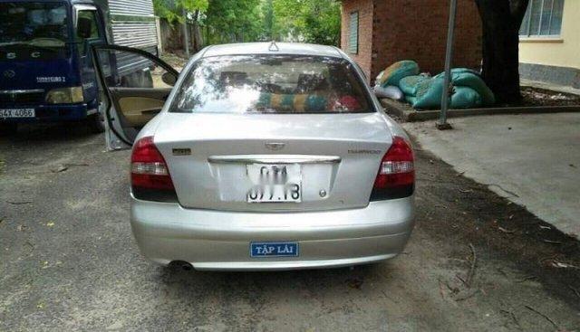 Bán Daewoo Nubira đời 2001, màu bạc, nhập khẩu nguyên chiếc còn mới