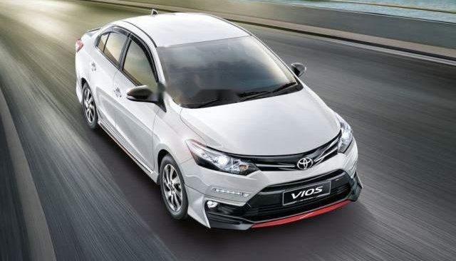 Cần bán xe Toyota Vios sản xuất 2019, màu trắng
