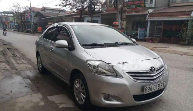 Cần bán gấp Toyota Vios E đời 2012, màu bạc, 1 chủ tù đầu