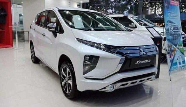 Bán ô tô Mitsubishi Xpander năm 2019, màu trắng, xe nhập