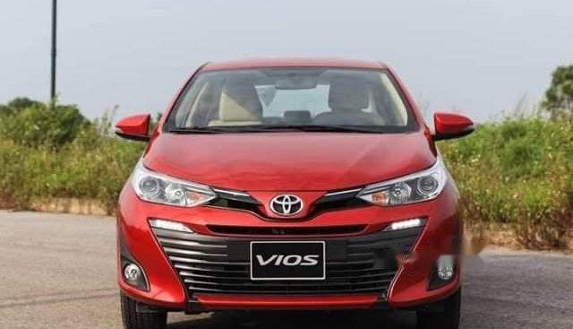 Bán xe Toyota Vios sản xuất năm 2019, màu đỏ