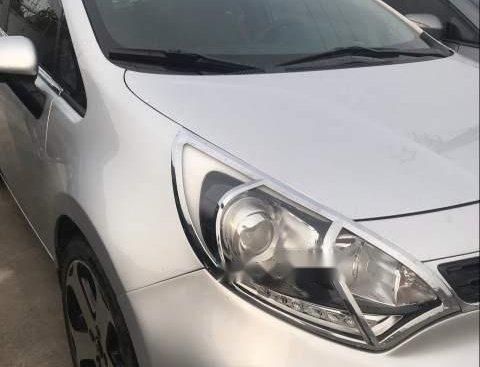 Bán ô tô Kia Rio đời 2014, màu bạc, xe nhập số tự động