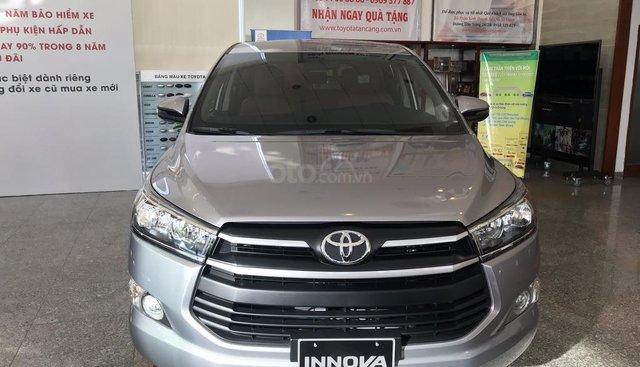 Bán ô tô Toyota Innova 2.0E số sàn 2019, xe trang bị đầy đủ tiện nghi, thanh toán 260tr nhận xe ngay