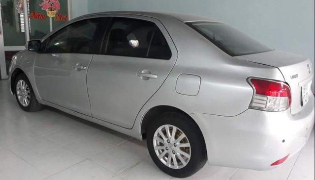Bán Toyota Vios 2010, màu bạc, xe nhập
