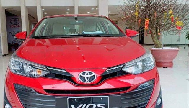 Cần bán Toyota Vios năm sản xuất 2019, màu đỏ