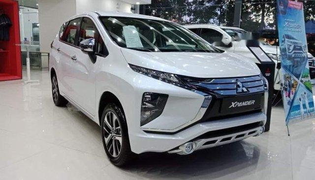Cần bán xe Mitsubishi Xpander MT đời 2019, màu trắng, xe nhập, giá chỉ 550 triệu