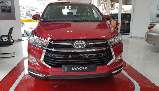 Toyota Innova 2.0G Venturer 2019, màu đỏ, 859 triệu xe giao ngay, KM hấp dẫn tại Toyota Gò Vấp - SĐT 0909861184