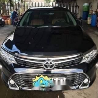 Bán Toyota Camry 2.5Q sản xuất năm 2018, màu đen ít sử dụng