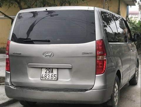 Bán Hyundai Grand Starex 2011, màu bạc, nhập khẩu nguyên chiếc