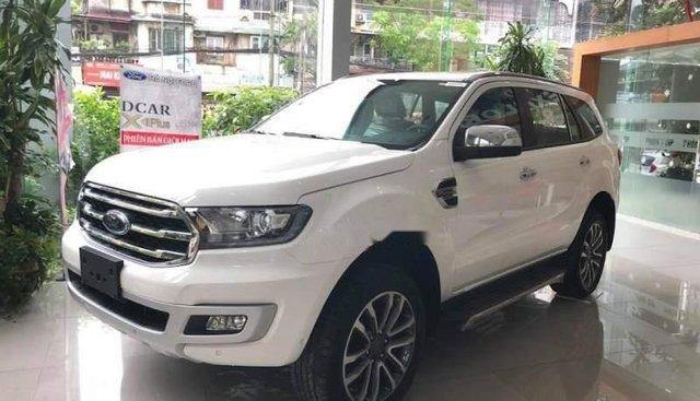 Bán Ford Everest đời 2018, màu trắng, nhập khẩu