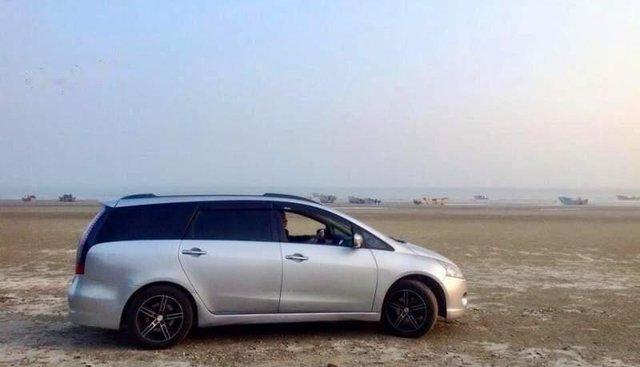 Cần bán xe Mitsubishi Grandis 2009, màu bạc số tự động