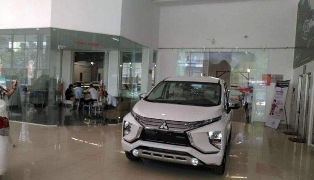 Bán Mitsubishi Xpander AT đời 2018, màu trắng, nhập khẩu nguyên chiếc