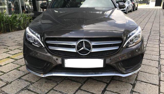 Bán Mercedes C300 AMG model 2018, bạc và nâu, ĐK 8/2018