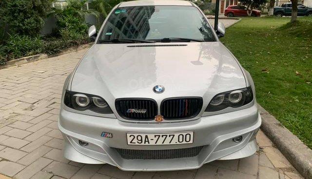 Bán BMW 3 Series 318i sản xuất 2004, màu bạc, xe nhập