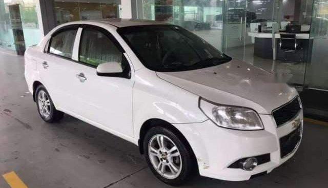 Bán ô tô Chevrolet Aveo đời 2014, màu trắng