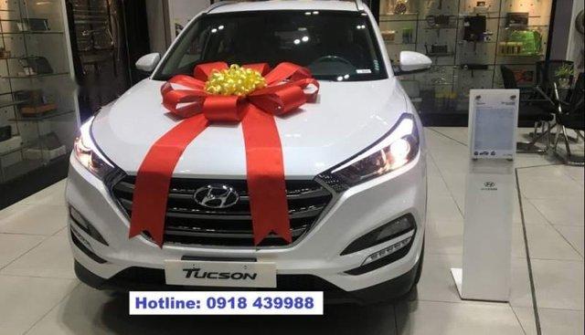 Cần bán Hyundai Tucson năm 2019, màu trắng giá cạnh tranh