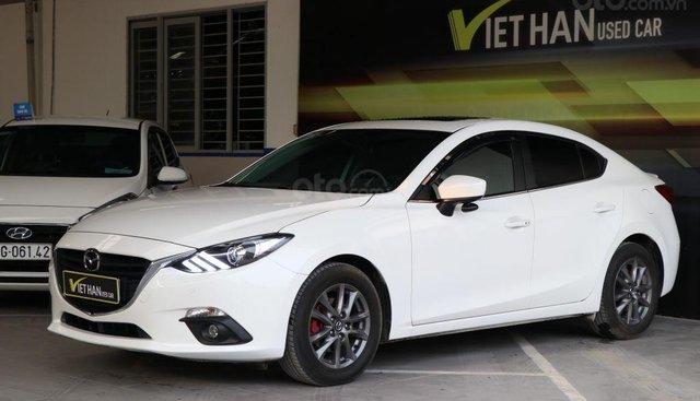 Bán xe Mazda 3 1.5AT đời 2017, màu trắng