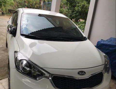 Cần bán Kia K3 1.6 MT đời 2015, màu trắng giá cạnh tranh