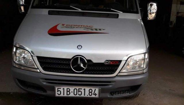 Cần bán gấp Mercedes 311 sản xuất 2008, màu bạc