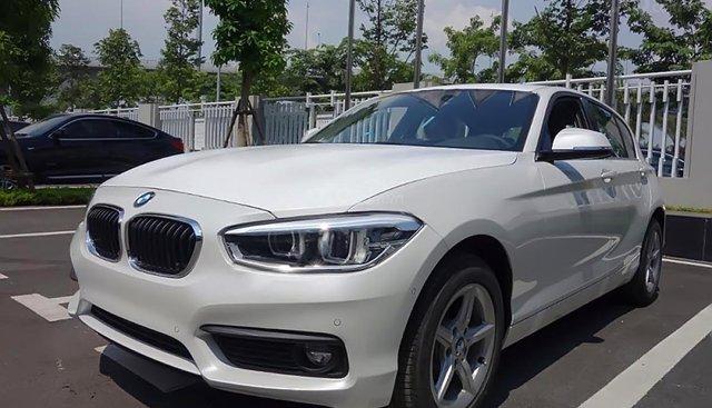 Cần bán xe BMW 1 Series 118i năm 2018, màu trắng, xe nhập