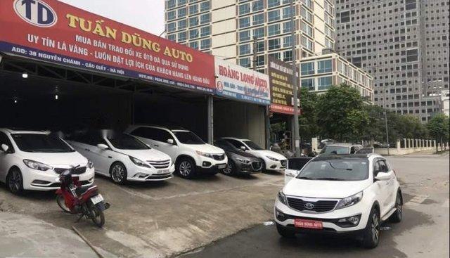 Cần bán xe Kia Sportage sản xuất năm 2011, màu trắng, nhập khẩu nguyên chiếc, giá chỉ 585 triệu