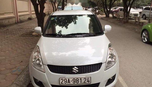 Bán ô tô Suzuki Swift sản xuất năm 2013, màu trắng, nhập khẩu Nhật Bản