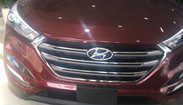 Bán ô tô Hyundai Tucson năm 2019, màu đỏ