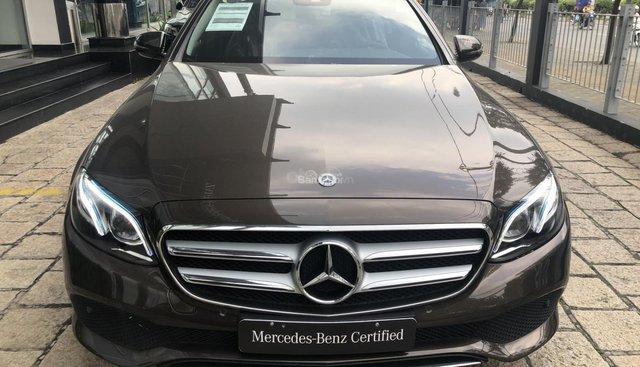 Chuyên Mercedes E250 chưa lăn bánh chính hãng
