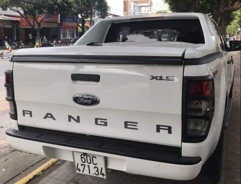 Bán ô tô Ford Ranger đời 2016, màu trắng, nhập khẩu nguyên chiếc số tự động, 595tr