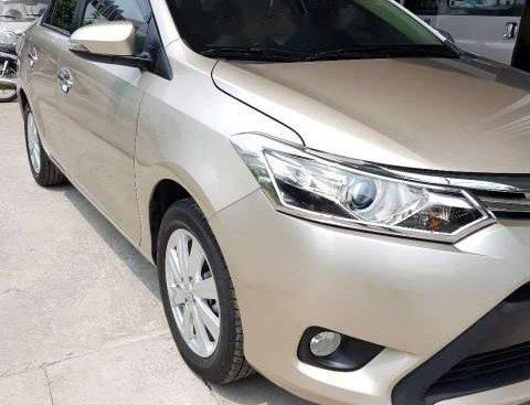 Cần bán gấp Toyota Vios G sản xuất 2018, màu vàng xe gia đình, giá cạnh tranh