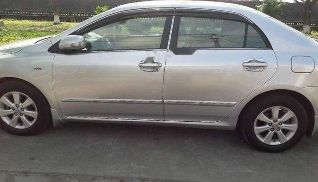Cần bán Toyota Corolla altis sản xuất 2009, màu bạc, nhập khẩu chính chủ