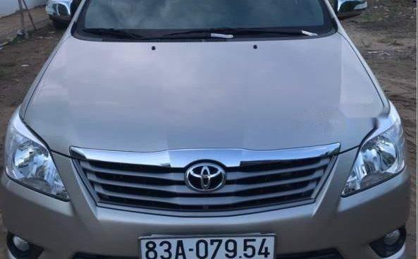 Cần bán xe Toyota Innova đời 2013 còn mới, giá chỉ 560 triệu