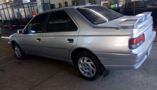 Cần bán gấp Peugeot 405 đời 1990, màu bạc, xe nhập giá cạnh tranh