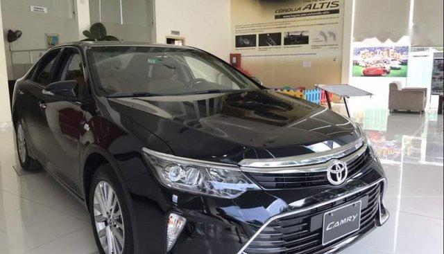 Bán Toyota Camry được thiết kế tinh tế, mang đến sự sang trọng