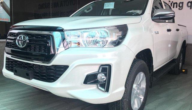 Bán Toyota Hilux 2.4E AT 4x2 khuyến mãi chưa từng có tại 0906882329