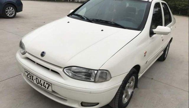 Cần bán Fiat Siena ELX năm sản xuất 2003, màu trắng, giá tốt