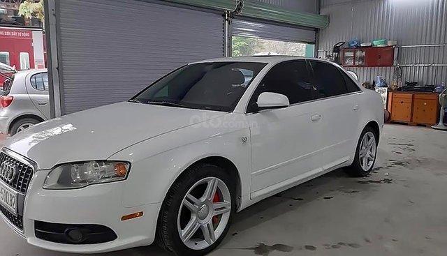 Bán xe Audi A4 năm 2008, màu trắng, nhập khẩu nguyên chiếc, giá tốt