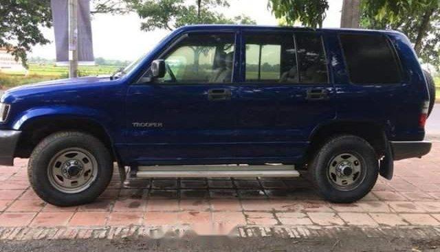 Cần bán Isuzu Trooper đời 2002, màu xanh lam, nhập khẩu Nhật Bản, giá chỉ 130 triệu