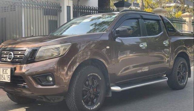 Bán xe Nissan Navara E đời 2016, màu nâu, xe nhập còn mới, giá 480tr