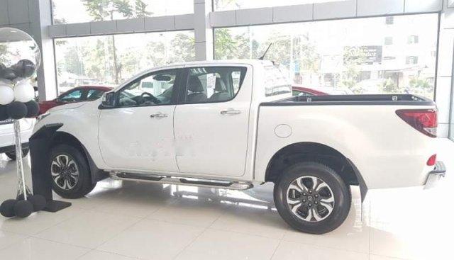 Cần bán Mazda BT 50 sản xuất năm 2019, màu trắng, nhập khẩu nguyên chiếc giá cạnh tranh