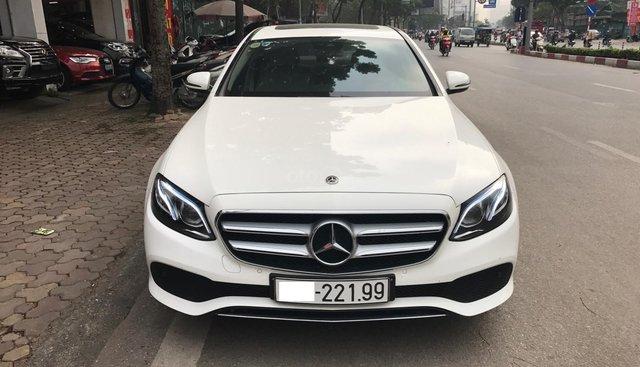 Mercedes E250 đăng ký T4/2018 màu trắng