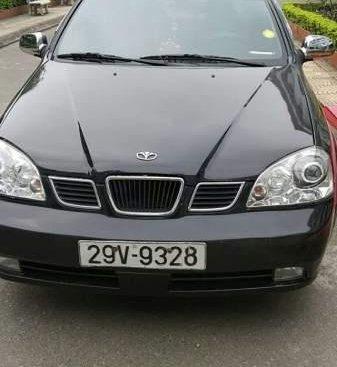 Bán Daewoo Lacetti sản xuất 2005, màu đen, giá 135tr